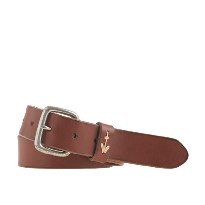 Leather belt with anchor stitching