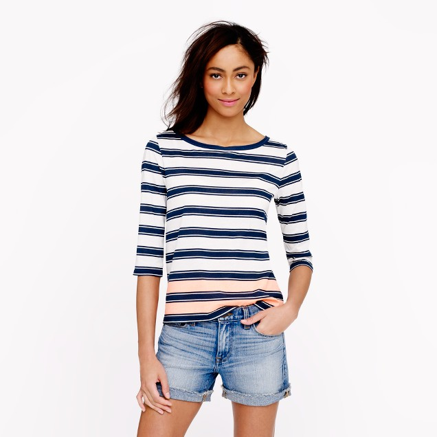 Elbow-sleeve top in engineered stripe