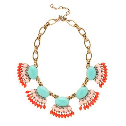 Fan fringe necklace