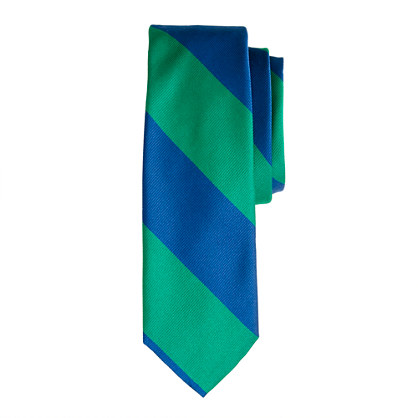 Silk tie in wide diagonal stripe