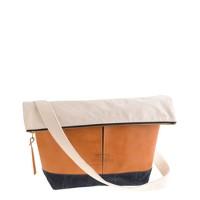 Suolo™ postman bag