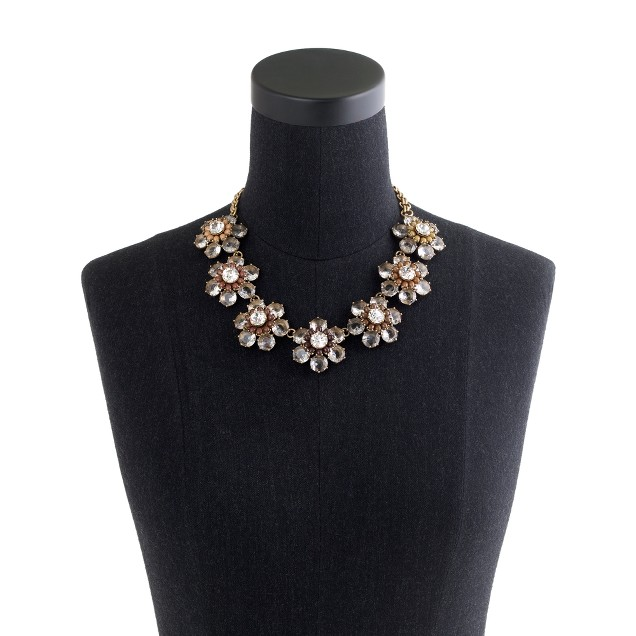 Black and white bloom necklace