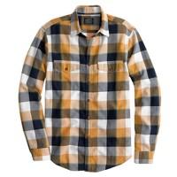 Slim flannel shirt in classic herringbone plaid