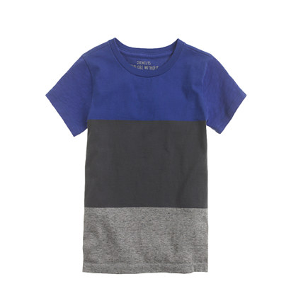 Boys' tee in nightshadow colorblock stripe