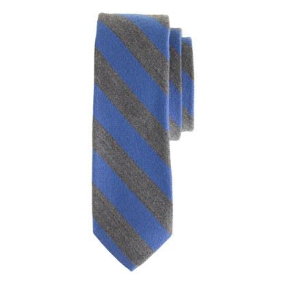 English wool-silk tie in old-school stripe