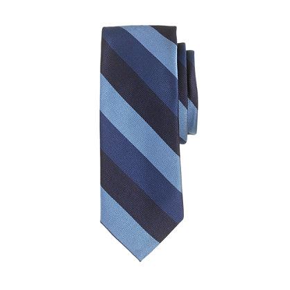 Silk tie in cobalt stripe