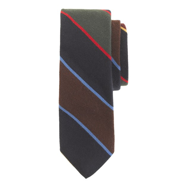 English wool-silk tie in thin multistripe