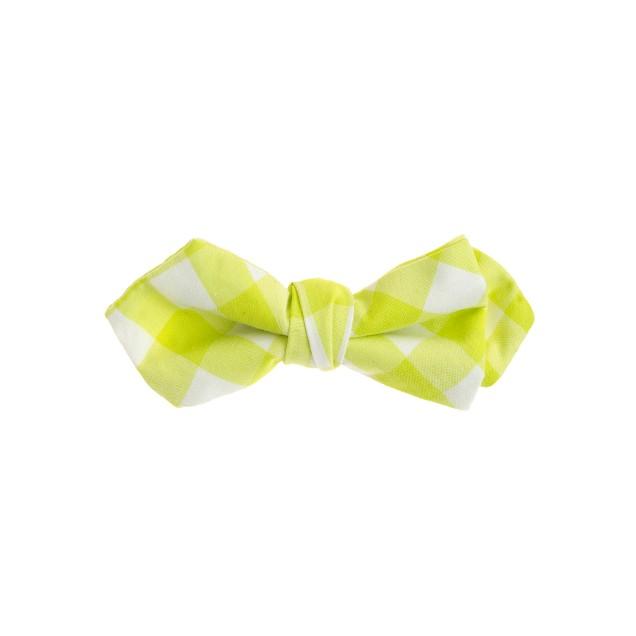 Boys' cotton bow tie in kiwi gingham
