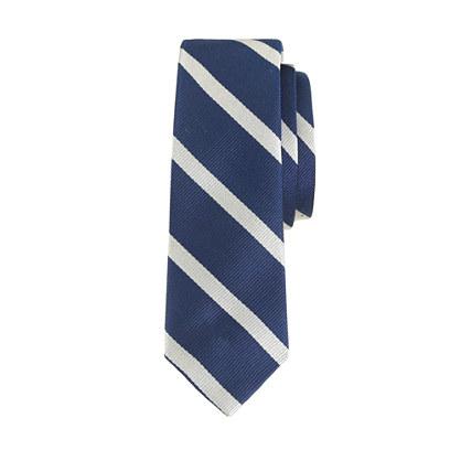 Boys' silk tie in silver stripe