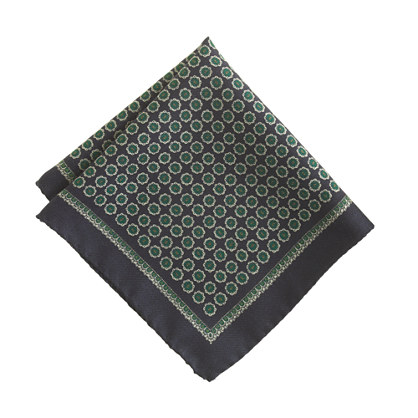 Italian wool pocket square in navy medallion print