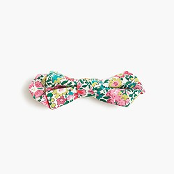 Boys' Liberty bow tie in Claire Aude floral