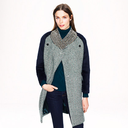 Collection tweed coat with jeweled collar