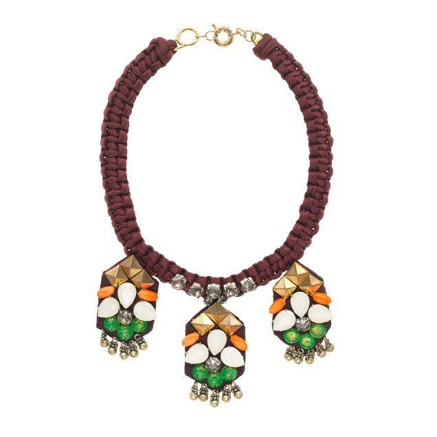 Studs and stones embroidered necklace