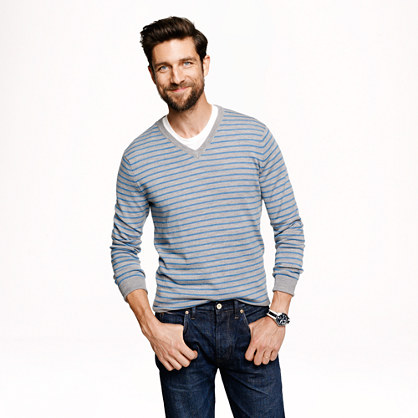 Slim merino v-neck sweater in heather grey stripe