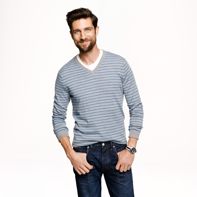 Merino V-neck sweater in heather grey stripe