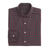 Ludlow spread-collar shirt in garnet flame plaid