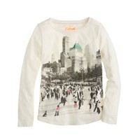 Girls' long-sleeve skating rink tee