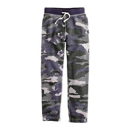 Boys' classic sweatpant in camo