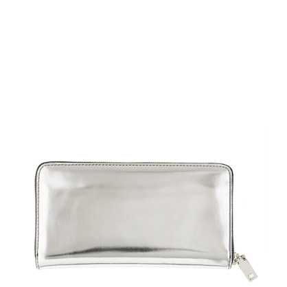 Continental zip wallet in metallic leather