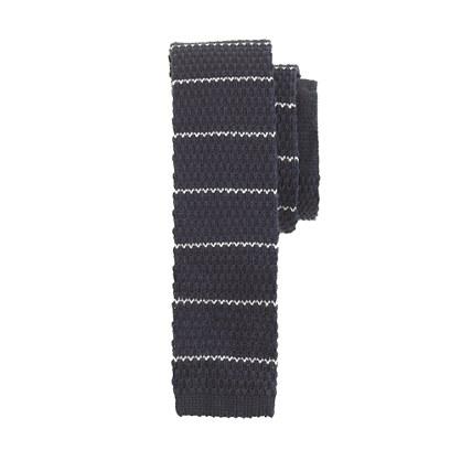 Boys' knit tie in thin stripe
