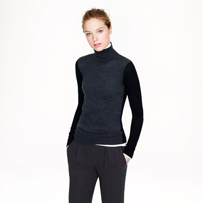 Merino turtleneck in colorblock