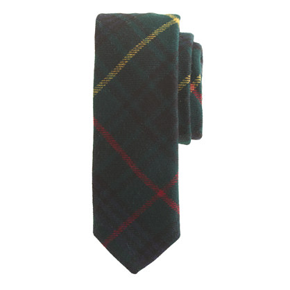 English wool tie in night shadow plaid