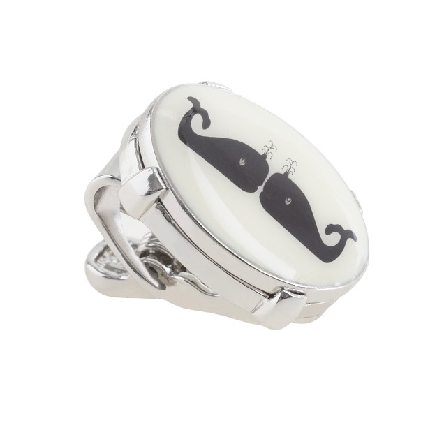 Kissing whales tie clip