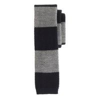 Wool knit tie in vintage navy stripe