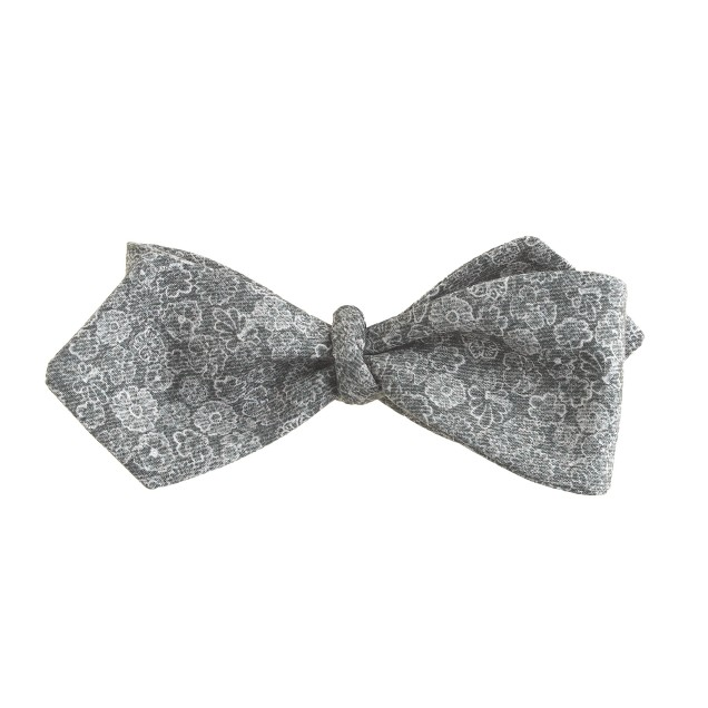 Liberty cotton bow tie in gunsmith grey print floral