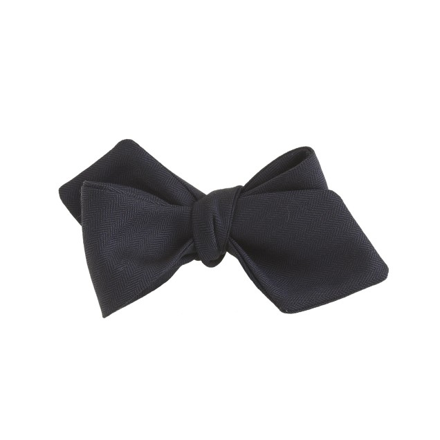 Italian herringbone wool bow tie