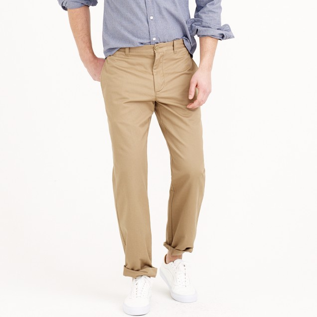 Broken-in chino pant in regular fit