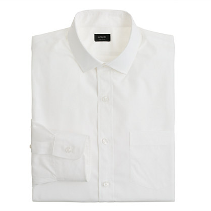 Classic spread-collar shirt in solid