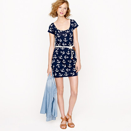 T-shirt dress in dizzy anchors