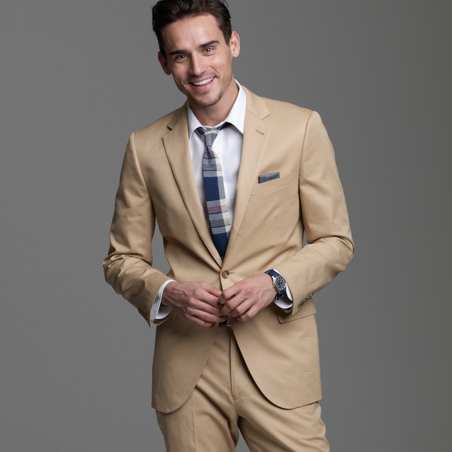 Aldridge three-button suit jacket with center vent in chino