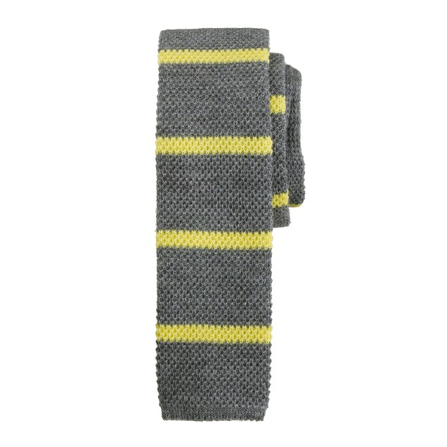 Knit tie in vibrant stripe