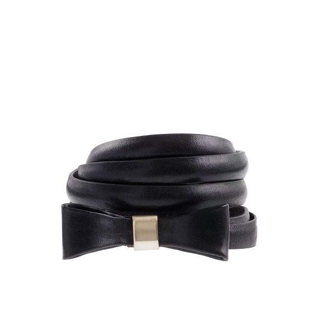 Leather bow skinny belt