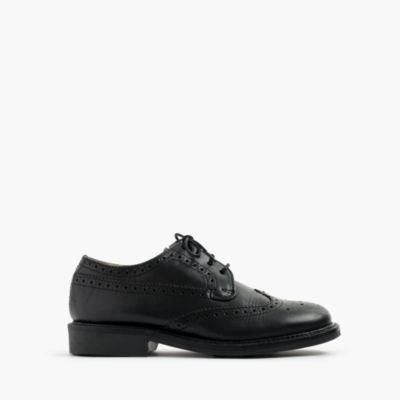 Kids' classic wing tips