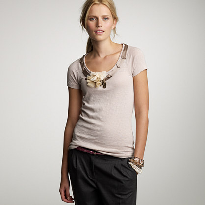 Textured jersey necklace tee