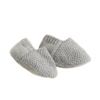 TANE™ seed-stitched baby booties
