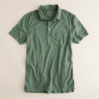 Broken-in pocket polo in slim fit