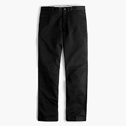 Unhemmed essential chino in urban slim fit