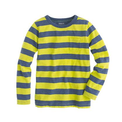 Boys' long-sleeve pocket tee in kiwi stripe