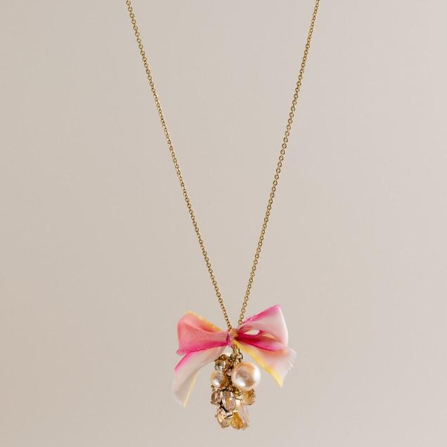 Ribbon raindrop necklace