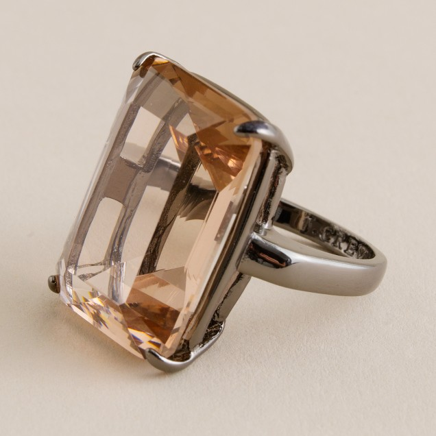 Majesty stone cocktail ring