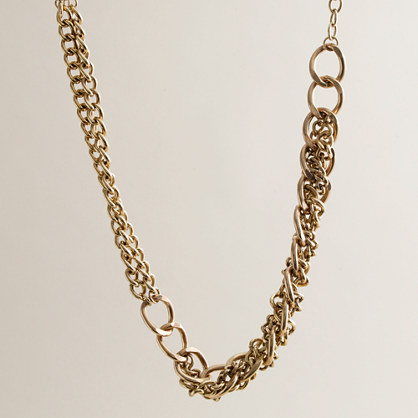 Metal nastrino necklace