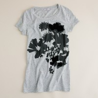 Tissue brushed bouquet tee