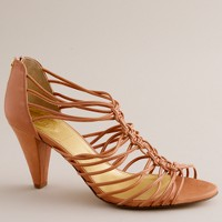 Knotted macramé heels
