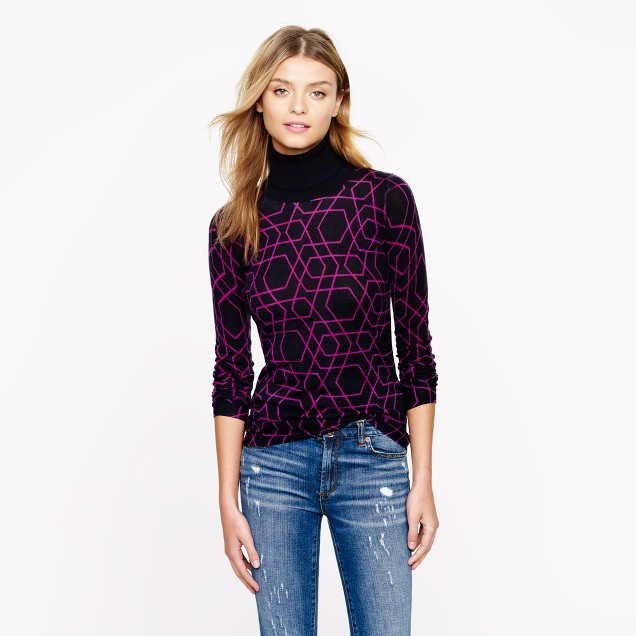 Merino turtleneck sweater in abstract diamond