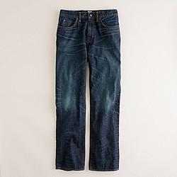 Straight jean in dark worn wash