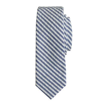 Boys' tie in seersucker